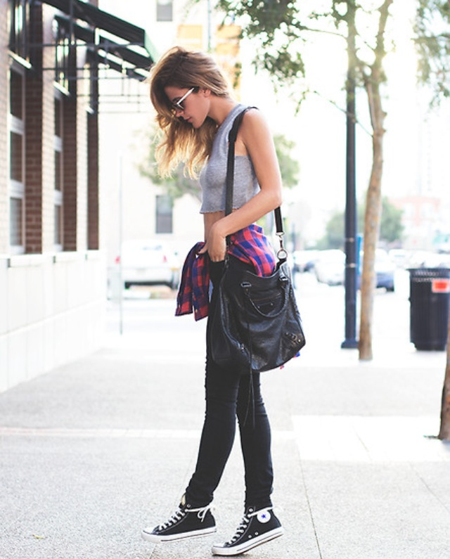 Such a great casual outfit idea for a day when you really don't feel like trying. Key item?