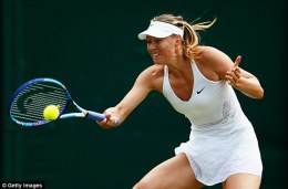 2A251AB000000578-0-Maria_Sharapova_was_in_formidable_form_as_she_cruised_past_her_D-a-3_1435791654655