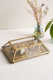 $20 Medallion Box http://www.urbanoutfitters.com/urban/catalog/productdetail.jsp?id=34283077&category=GIFT_HERFAVS