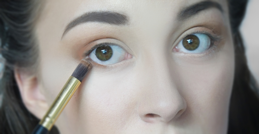 rust eyeshadow