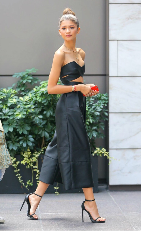 zendaya-coleman-solace-london-jumpsuit